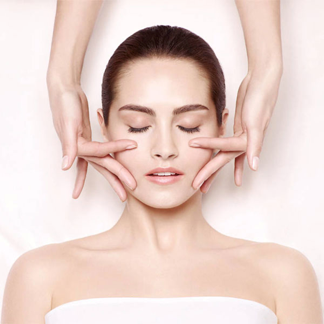 You are currently viewing How medi facial is different from a regular facial?